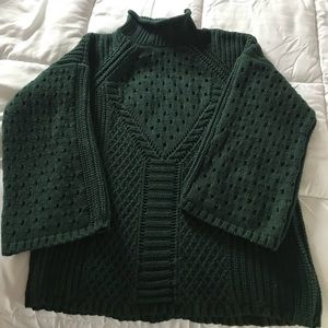 EUC One A forest green mock turtle neck sweater